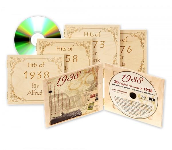 Unsere Jahrgangs-Musik-CD ist erhältlich für jedes Jahr von 1920 bis 1995. Die elegante Holzverpackung versehen wir mit Deiner Namensgravur!