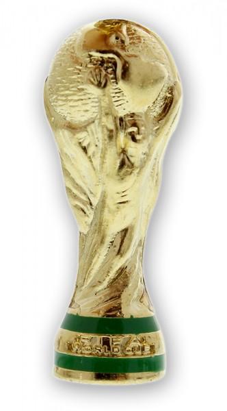Der kleine Anhänger ist 4cm groß und sieht dem echten WM-Pokal täuschend ähnlich!